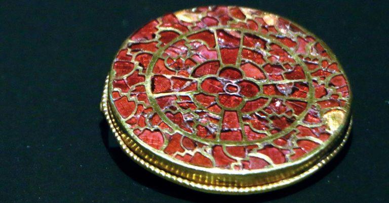 gioielli di pietre preziose